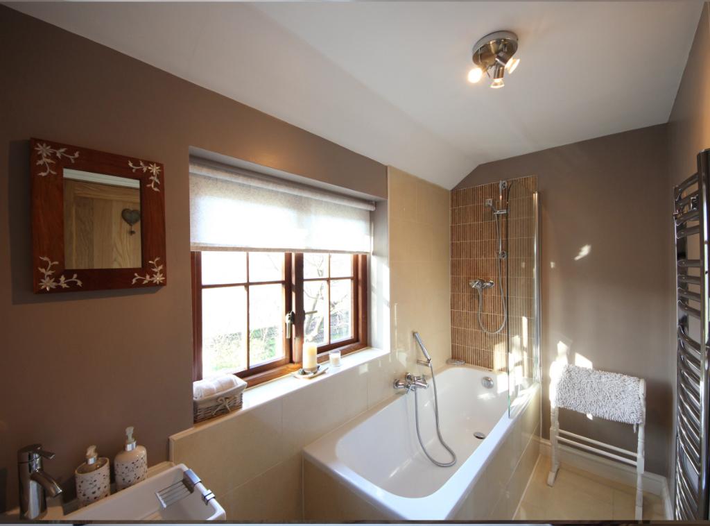 gal-bathroom