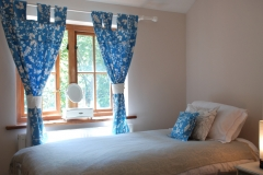 gal-bedroom-two